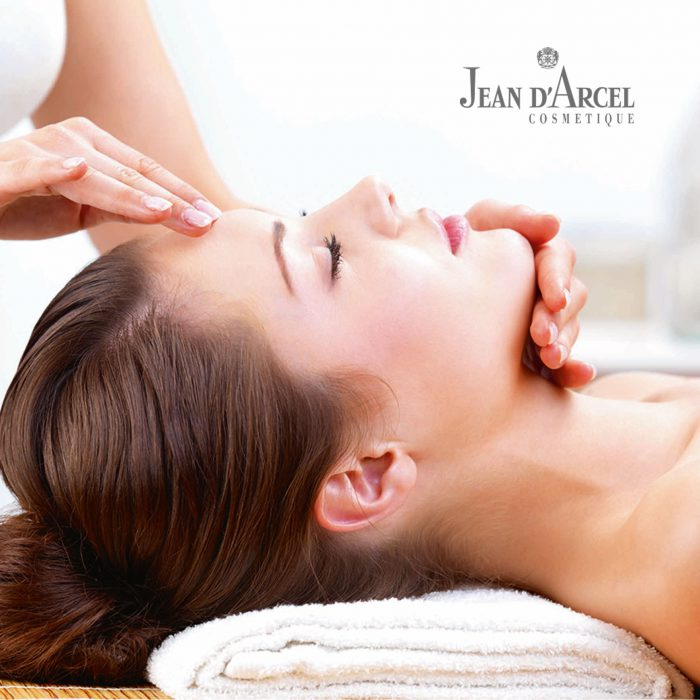 Gesicht- Pflegebehandlungen